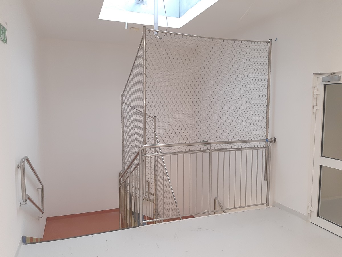 Zabezpieczenie na klatce schodowej
