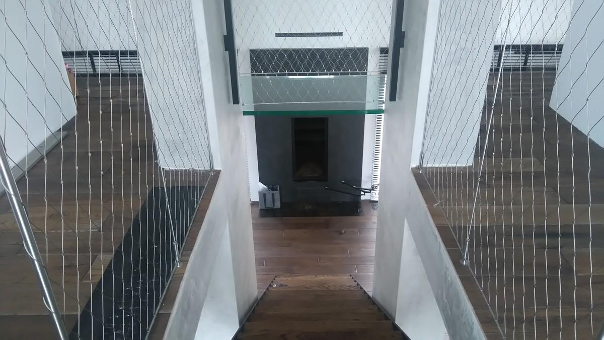 Zabezpieczenie na schodach